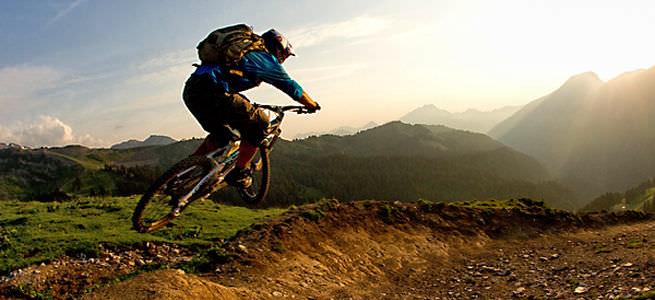 Photo of Dvě neslyšící Angličanky pojedou na kole na horu
