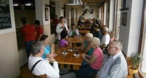 Kolik neslyšících přišlo na Mezinárodní den neslyšících ve Valašském Meziříčí?
