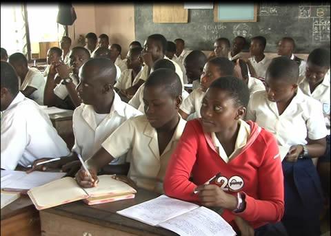 Photo of V Africe byla ve škole pro neslyšící odpojena elektřina kvůli nezaplacenému účtu. Kdo je vinen?