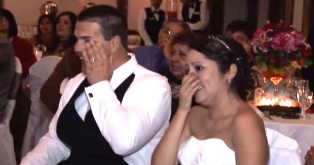 Photo of Americká tlumočnice znakového jazyka dostala ke svatbě od otce nejkrásnější dárek
