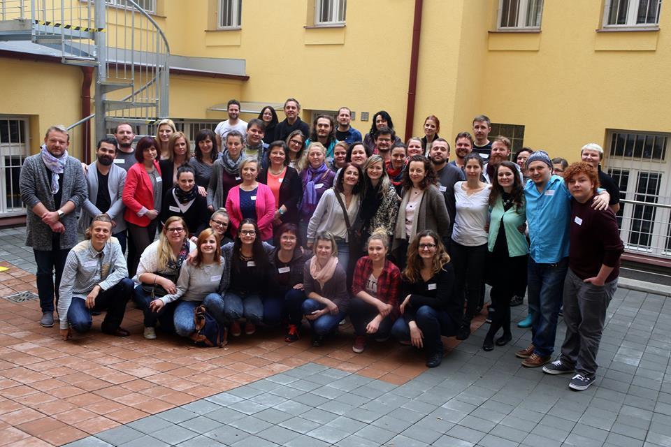Photo of V sobotu proběhlo první setkání neslyšících pedagogů alektorů. Co se tam všechno dělo?