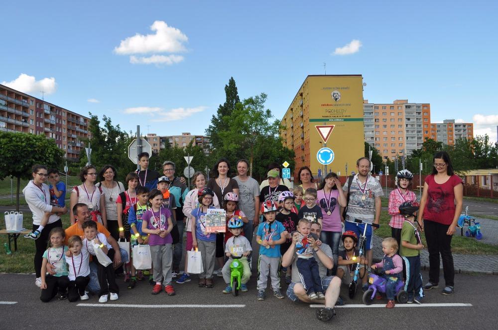 Photo of Oslavy Mezinárodního dne dětí aneb 4. Den dětí pro sluchově postižené děti na dopravním hřišti