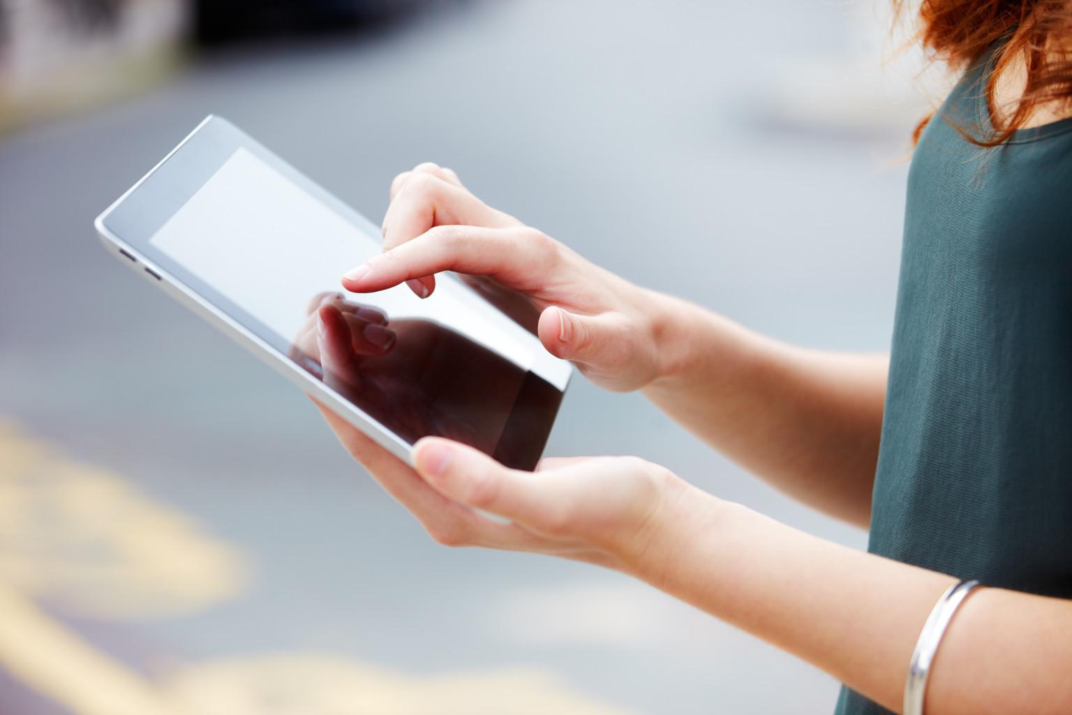 Photo of Památkáři vycházejí vstříc neslyšícím pomocí tabletu