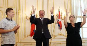 Návštěva neslyšících dětí u prezidenta Slovenské republiky Andreje Kisky