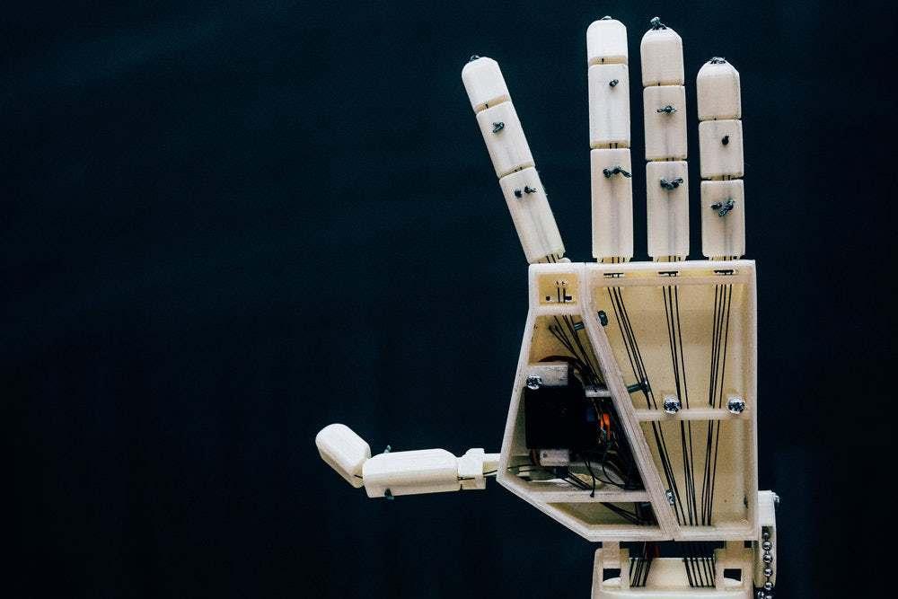 Photo of Robot jako znakový tlumočník