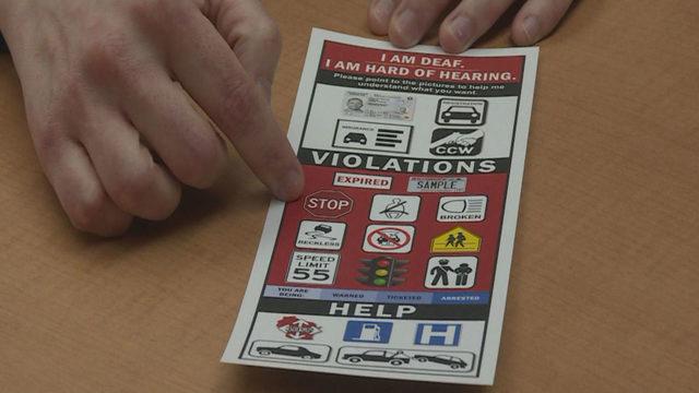 Photo of Informační karta pomůže policistům ineslyšícím řidičům