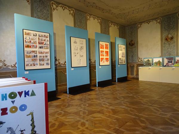 Photo of Výstava ukazuje svět barev apříběhů