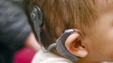 Photo of Lékaři nutili rodiče, aby nechali své dítě implantovat