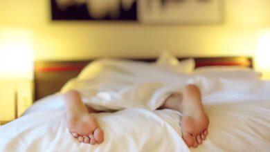 Photo of Manžel se sluchovým postižením spal, když žena volala opomoc