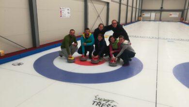 Photo of Jak se hraje curling? To si mohli neslyšící vyzkoušet
