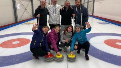 Photo of První curlingový turnaj, kterého se zúčastnili neslyšící