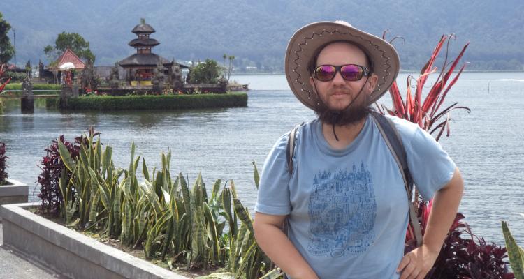 Photo of Muž shluchoslepotou procestoval již 130 zemí na světě!